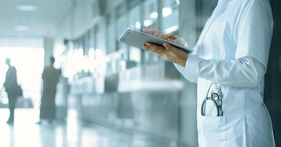 CEO Report - Cloud Computing Benefits for The Healthcare Industry